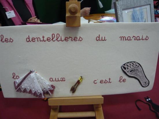 ATELIER DE DENTELLE